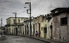Ruinitude (photofabulation) Tags: street old city canon cuba rue ville vieux argentique archi