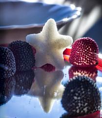 ....piccola stella (Luigi.glpy) Tags: dettagli macromondays 58mm colors nikon luce swirly stella macro white music light paradise star vintage vortice helios art helios44m2 stelle bokeh mm hmm