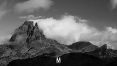 Pic du Midi d'Ossau, Pyrnes. (photomontagne) Tags: ayous pyrenes ossau picdumididossau refugedayous