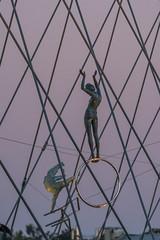 2016-09-28 Krakw (Jacek P.) Tags: poland krakw rzeba sculpture kladka balanced kedziora