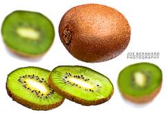 (JOE_BERNHARD_PHOTOGRAPHY) Tags: grn kiwi frucht frchte reif lecker obst schale vitamine gesundheit kerne frische geschmack saftig gesund fasern ss aufgeschnitten reife geschlt aufschneiden