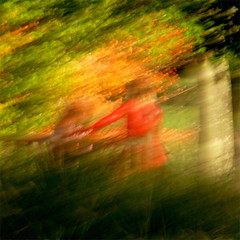 (jc.dazat) Tags: light red people blur color nature rouge photography photo nikon lumire couleurs icm flou femmes photographe personnages intentionalcameramovement