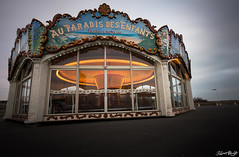 Au Paradis des Enfants (NeoNature) Tags: france canon kid exposure carousel enfants normandie pause length lente normandy manège neonature courseulles