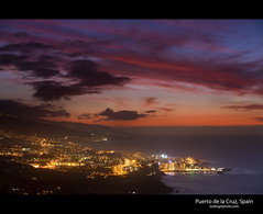 Puerto de la Cruz, Tenerife (esslingerphoto.com) Tags: city longexposure pink light sunset red sea sky orange mountains water skyline night clouds canon photography eos lights evening coast spain europe long exposure cityscape shot nightshot single tenerife 5d nightshots puertodelacruz mkii canaryisland esslinger esslingerphotocom