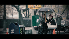 Elegance under the umbrella (Orione Photographer) Tags: street nyc people photography bokeh streetphotography cinematic ef135mmf20 5dmk3 orione1959 orionephotographer