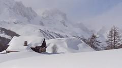 dans la valle de la Clare (chogori20) Tags: winter mountain snow alps montagne alpes hiver chalet neige nvache clare