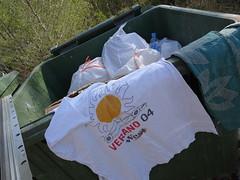 2004 (stevenbrandist) Tags: espana spain calp calpe holiday rubbish basura garbage west advertising