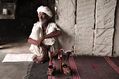 Welcome ceremony in Rajasthan countryside (PiccolaSayuri) Tags: welcomeceremony india rajasthan jodhpur haryana uttarpradesh madhyapradesh delhi mandawa bikaner jaisalmer udaipur jaipur agra fathpursikri gwalior orchha khajuraho varanasi incredibleindia hindu temples forts colours people faces