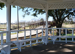 Gazebo & Pedestrian Bridge, Memorial Park, Pasadena, Texas P1301171034 (Patrick Feller) Tags: park county bridge memorial texas vince pedestrian gazebo bayou harris pasadena pontist