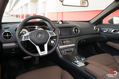 2013 Mercedes Benz SL500 steering wheel.jpg (CarbonOctane) Tags: auto car sport magazine dark grey mercedes dubai review engineering east sl german finish motor 500 carbon middle coupe matte octane motoring sl500 2013 carbonoctanecom 2013mercedessl500