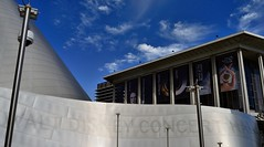 The Only Exterior Sign on the Walt Disney Concert Hall (Barry Wallis) Tags: california usa losangeles waltdisneyconcerthall barrywallis
