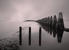 A DECEIVING CALM (explore) (kenny barker) Tags: longexposure scotland olympus causeway cramond olympusep1 kennybarker