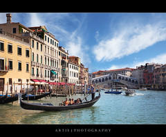 The View of the Rialto Bridge, Venice, Italy :: HDR (:: Artie | Photography :: Offline for 3 Months) Tags: venice italy rialtobridge photoshop canon mark wideangle ii handheld 5d ef 1740mm f4 hdr grandcanal rialto gondolas artie cs3 3xp photomatix tonemapping tonemap 5dm2