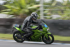 Fer (Kenny RL) Tags: green bike ninja moto motor panning kawasaki autodromo