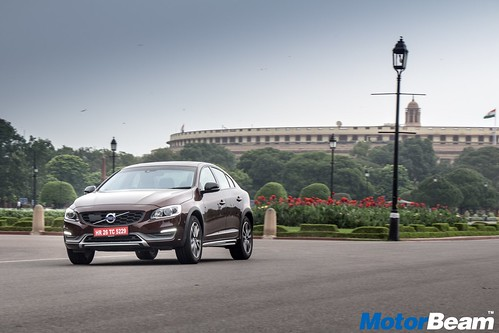 Volvo-S60-Cross-Country-09