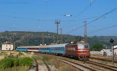 Morning service (Radler.z) Tags: 44198 5610 bdz train skoda 68e batanovtsi locomotive bulgaria kulata sofia