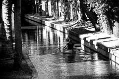 Inge Hoogendoorn (ingehoogendoorn) Tags: utrecht nieuwegracht kano kanon water summer indiansummer zomer september varen boot bootje boat sailing blackandwhite blacknwhite zwartwit harshlight hardlight superblackandwhite contrast monochrome monochromatic monochroom streetphotography straatfotografie vakantieinnederland