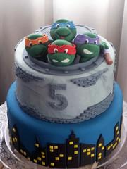 E no dia 11/12 foi a vez do Pedro comemorar seus 5 anos com a turma das Tartarugas Ninja (Elaine Russo - Delizie! Arte com Acar) Tags: ninja turtle cake