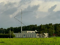 Grimeton Radiostation (Unesco world heritage) (Frans.Sellies) Tags: heritage sweden unescoworldheritagesite unesco worldheritagesite unescoworldheritage varberg worldheritage weltkulturerbe whs humanidad patrimonio worldheritagelist welterbe kulturerbe patrimoniodelahumanidad heritagesite unescowhs patrimoinemondial werelderfgoed vrldsarv  grimeton heritagelist werelderfgoedlijst verdensarven   patriomoniodelahumanidad    patriomonio p1060132