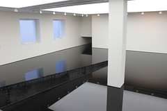 Saatchi Gallery (Amber_Pullen) Tags: london gallery used richard oil wilson saatchi sump 2050