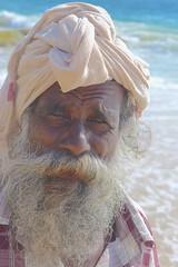 India-Kerala-Portrait of an old fisherman (hjfklein) Tags: leica portrait india man beard grey fisherman gesicht bart grau kerala elder pcheur indien fischer barbe trivandrum inde thiruvanthapuram hjfklein dlux6