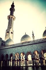 Sheikh Zayed Grand Mosque (Shaikha Al Khayyal) Tags: building architecture uae abudhabi islamic sheikhzayedmosque uploaded:by=flickrmobile flickriosapp:filter=mammoth mammothfilter