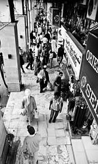 back (RakanAljomah) Tags: شبكة الشارع تصوير شارع ناس قديم اسود الجمعة ابيض حياة عالم لايف الجنادرية بشر اقلاع ستريت جنادرية راكان الاقلاع بطحاء الستريت