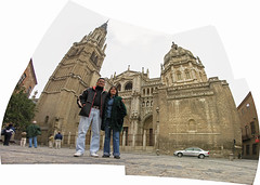 Carlos y Anayansi (O Caritas) Tags: 2005 november people panorama church composite spain couple cathedral toledo nikoncoolpix8800 13november2005 dscn0846 dscn0848 dscn0849 dscn0847 dscn0850 dscn0851 ©2005bypatricktpowerallrightsreserved microsoftice catedralprimadasantamaríadetoledo dscn0852 carlosyanayansi