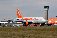 easyJet G-EZAM (Howard_Pulling) Tags: camera uk england march photo airport nikon bedfordshire flughafen luton lutonairport flug 2013 pictureof londonluton hpulling howardpulling nikond5100