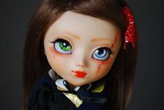 Lizebeth: make-up redone (Nenn.) Tags: france cute outfit europe doll acrylic dolls stock makeup spooky wig pullip nina curious 89 redone obitsu 2013 nenn stica lizebeth pulliplattefullcustom