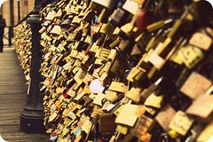 Paris (lasorre) Tags: voyage travel paris france love canon cadenas pontdesarts