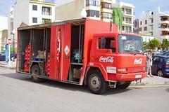 Distribuciones Cala Mondrago B-2493-HD, Nissan Ebro in Puerto Pollensa (majorcatransport) Tags: cocacola puertopollensa nissanebro majorcatruck distribucionescalamondrago