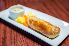 Sausage Roll -  Queen Vic Pub & Kitchen (Michael Shum) Tags: food restaurant british pubs starters tearooms zeissmakroplanart250zf2 queenvicpubkitchen