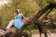Genia-05 (Feicht Photography) Tags: outdoor baum tree isar mnchen munich blaueskleid bluedress model femalemodel natur nature kleid fashion availablelight natrlicheslicht naturlicht beauty feichtphotography