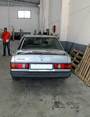 eneltaller_IMG_0181 copy (darioalvarez) Tags: mercedesbenz190e babybenz cocheclsico alemn motor julio2016 ourense galicia espaa spain
