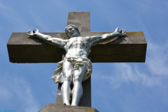 A walk in the surroundings of Sprimont. (PhotoTJH) Tags: phototjh phototjhnl sprimont belgie belgium belgischeardennen belgianardennes ardennes ardennen nature natuur belgiumardennes jezus jesus christ christus cross kruis hemel sky florze liege