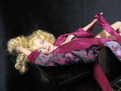 Pretty Woman Tribute14 (annesstuff) Tags: annesstuff doll fashiondoll tonnerdoll roberttonner sydneychase tylerwentworth alexanderfairchildford alex piano prettywoman juliaroberts vivian
