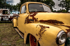 Rust & style (ericbaygon) Tags: gmc ford truck pickup american amricaine meeting d300s nikon nikonpassion yellow jaune roue rust rusty rouille
