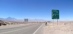 """San Pedro de Atacama: ruta del desierto. La route du désert et ses volcans. <a style=""""margin-left:10px; font-size:0.8em;"""" href=""""http://www.flickr.com/photos/127723101@N04/29226972515/"""" target=""""_blank"""">@flickr</a>"""