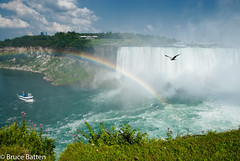 090814 Niagara-06.jpg (Bruce Batten) Tags: vehicles rainbows plants subjects birds buildings atmosphericphenomena vertebrates businessresearchtrips trees locations trips occasions rivers rocksgeologicalformations canada flowers boats waterfalls animals niagarafalls ontario ca