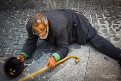 The Fake Beggar - Rome, Italy (mikederrico69) Tags: europe italia city italy street streets people beggar performer actor rome vacation vatican