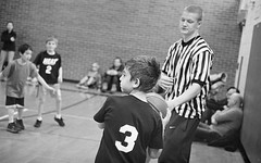 Inbounds Pass (Fogel's Focus) Tags: leica basketball 50mm 33 summicron diafine f2 neopan400 wilmette m4p rigid theyoungest 400640 film:iso=640 acufinediafine legacypro400 developer:brand=acufine developer:name=acufinediafine film:brand=freestylearista freestylearistalegacypro film:name=freestylearistalegacypro400 filmdev:recipe=8328