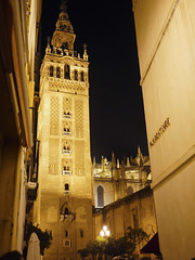 La Giralda Seville, Spain (michael.robb) Tags: architecture spain seville parasol metrosol