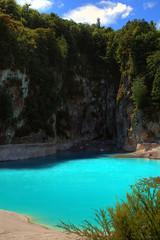 Inferno Crater Lake (NathanaelBC) Tags: newzealand lake canon dslr geothermal hdr waimangu polariser 400d canonef2485mmf3545usm