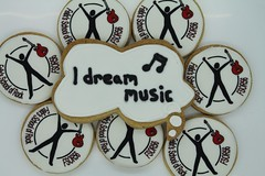 (The Bespoke Biscuit Co) Tags: fsor discuit idreammusic bespokebiscuit corporatediscuit