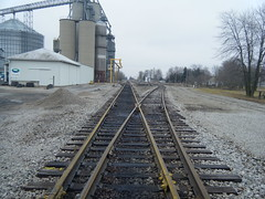 Rusty rails in Edon Ohio (Matt Ditton) Tags: ohio indiana northeastern edon