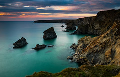Bedruthan twilight (snowyturner) Tags: sunset sea landscape islands twilight rocks cornwall tide steps cliffs porth bedruthan carnewas trenance