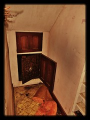 Family Treasure-Looted? (BillsExplorations) Tags: abandoned farmhouse rural vintage illinois rust ruins treasure decay rusty retro hallway safe discarded abandonment ruraldecay mosler shuttered illinoisabandonment