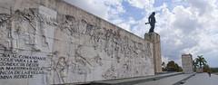 """Plaza Monumento al Ché Guevara, """"Guerrillero heróico y sus compañeros de lucha"""", en Santa Clara, provincia de Villa Clara, Cuba - 2013 (lezumbalaberenjena) Tags: santa clara villas villa cuba 2013 numento plaza che guevara guerrillero combatientes lezumbalaberenjena"""