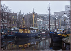 A foggy Sunday morning in Groningen (Bert Kaufmann) Tags: city haven holland netherlands harbor harbour nederland nl groningen hafen paysbas hdr stad olanda niederlande cityview noorderhaven
